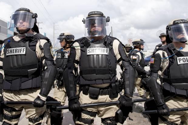 riot_police-620x412